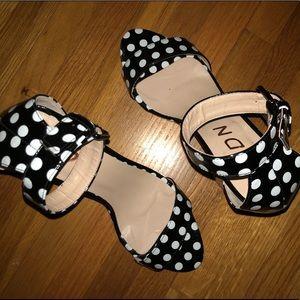 Shoes - Trendy Polka Dot Heels